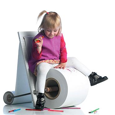 Childrenspaperchairsub03